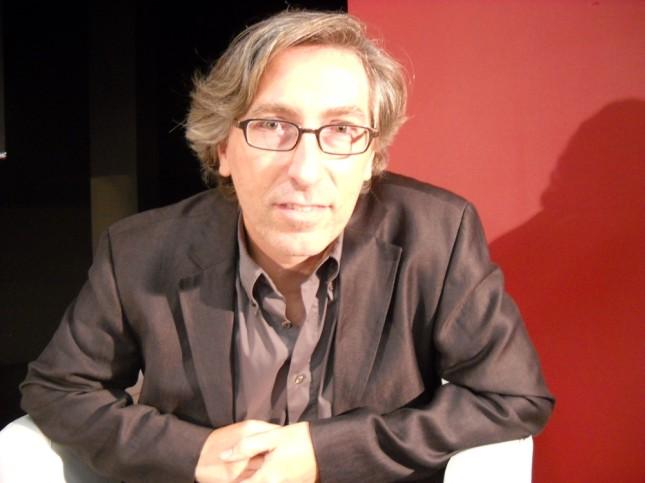 David Trueba, director de la película 'Vivir es fácil con los ojoes cerrados', encargada de representar a España en los Óscar