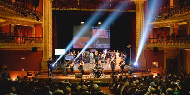 El-43-Festival-Internacional-de-Cine-de-Huesca-congrego-a-m--s-de-6.000-espectadores-Foto-Jorge-Dueso-2000x1000.jpg