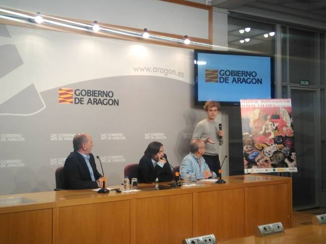 José Luis Barquero presenta el cartel de este año.jpeg